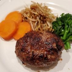 ★簡単♪牛肉100%でハンバーグ♪