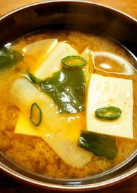 浜納豆入り 豆腐、葱、若芽のお味噌汁
