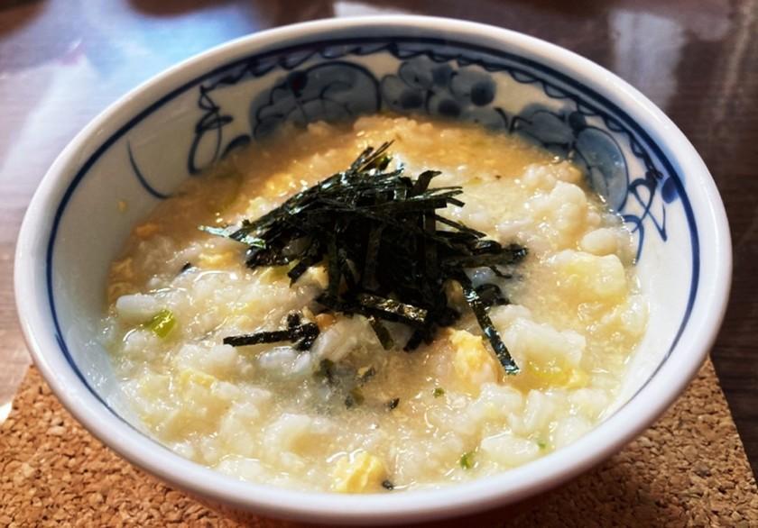 胃に優しい(^^)ネギと卵のお粥