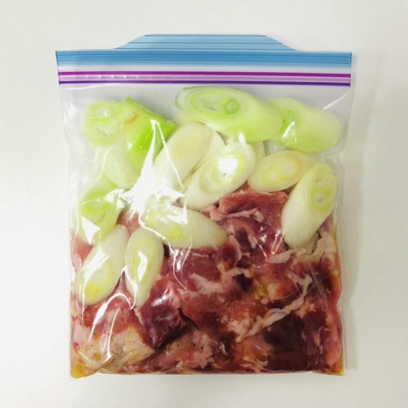 【下味冷凍】豚肉のにんにく塩ダレ炒め
