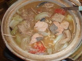 やさしーい味・鮭とごろごろ野菜の石狩鍋