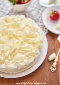 いちごホワイトチョコムースケーキ