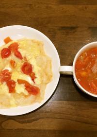 餅ピザとトマトコンソメスープ