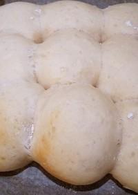 こねないプロテイン入り練乳ちぎりパン