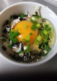 簡単いわしふりかけ卵かけご飯(ポン酢編)
