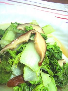 山東菜とシイタケのほっとする炒めもの