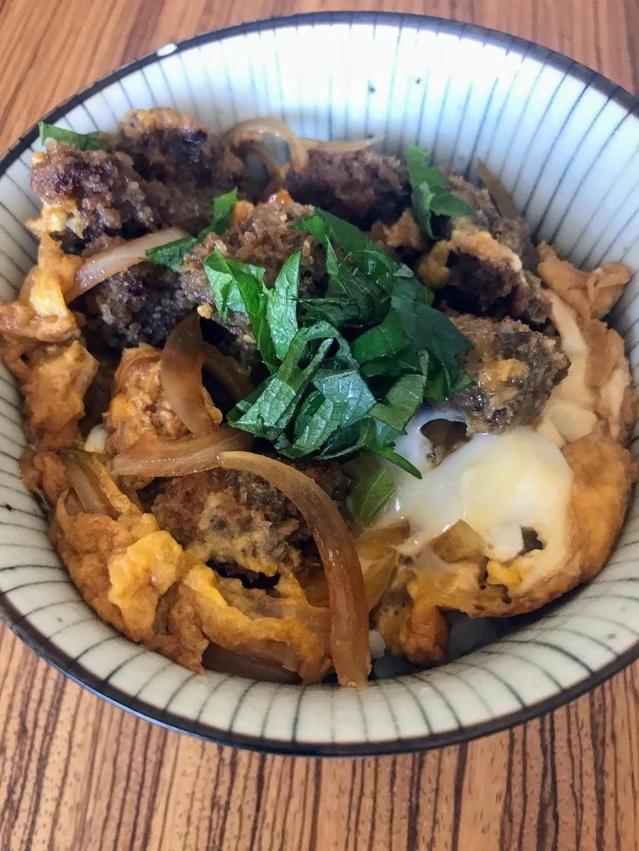 マグロ血合い肉のカツ丼風