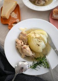 まるごと玉ねぎと鶏もものスープ