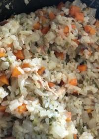 簡単離乳食☆鯖の水煮缶で炊き込みご飯