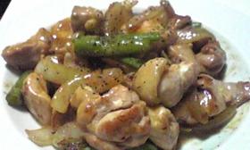 ぷりっぷり★簡単★鶏モモ肉のオイマヨ炒め
