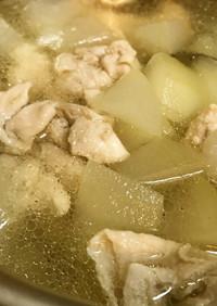 ◤電鍋レシピ◢冬瓜と鶏肉のスープ