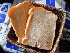 ふんわりサックリ全粒粉パン