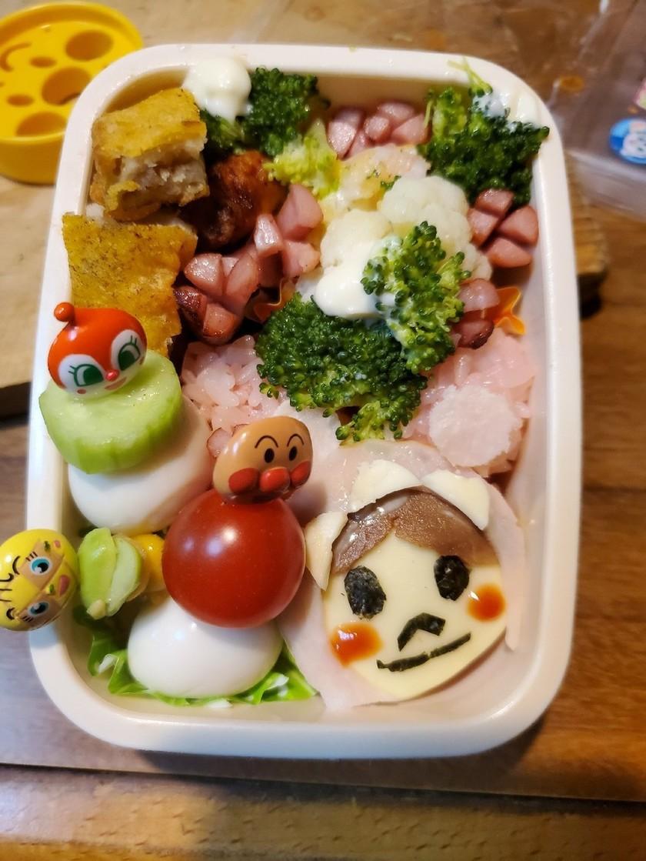 二歳半のお弁当①赤ちゃんマン