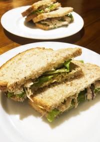 自家製サラダチキンでサンドイッチ