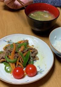青椒肉絲・レタス卵スープ