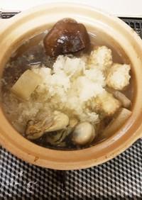冷凍牡蠣とササミ団子のヘルシーみぞれ鍋
