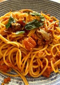 オイルサーディンの塩麹トマトパスタ