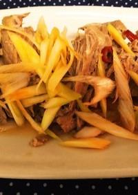 煮豚ナンプラー風味ピリ辛葱ソース