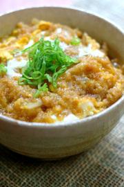 超簡単!麺つゆで作る「たぬき丼」の写真