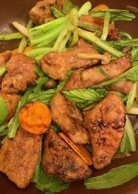 豚レバーと油麦菜(ユーマイサイ)の炒め