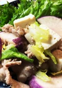 塩漬け蕪(かぶ)と豚バラのニンニク炒め