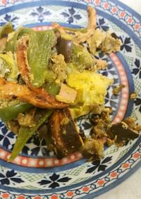 ハムと野菜と卵の炒め物&ナメコの味噌汁
