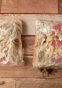 サバとトマトの冷凍チーズトースト