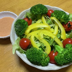 明太ドレッシングのサラダ