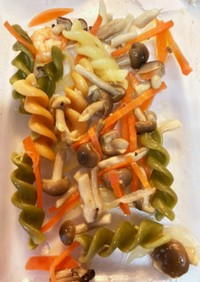 マカロニとえびのお惣菜サラダ