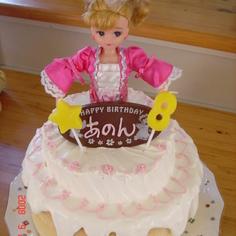 リカちゃん人形で立体?シフォンケーキ