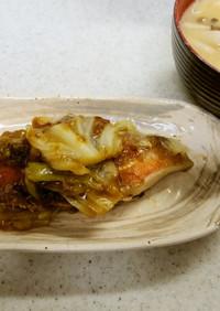 ✨鮭とキャベツのあんかけ&しめじ味噌汁✨