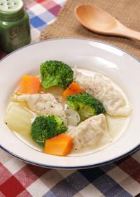 とろとろ白菜のスープ餃子