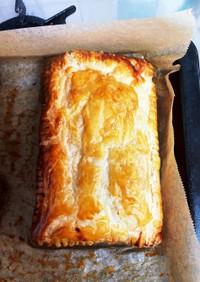 豚挽肉とチーズのパイ包み焼き