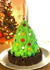 子供が喜ぶカラフルクリスマスツリーケーキ