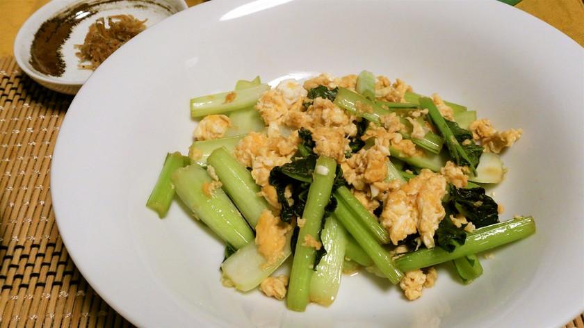 超簡単☆シンプル☆タアサイと玉子の炒め物
