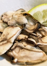 レンジで簡単☆牡蠣の酒蒸しレモンバター