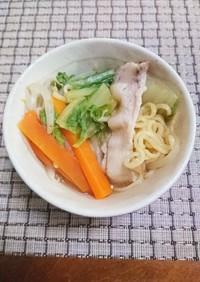 野菜たっぷりの味噌ラーメン