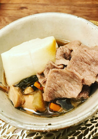 牛肉と昆布、スルメのお雑煮