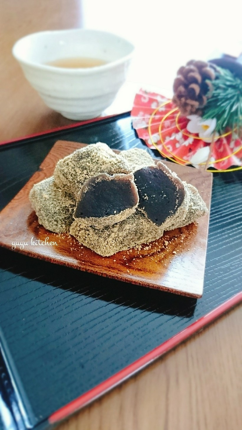 黒豆の煮汁リメイク☆信玄餅風わらび餅。