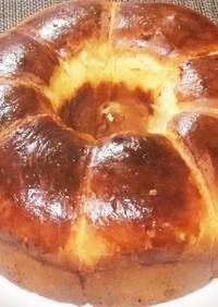 極上のパン ブリオッシュ 麺棒叩きと湯煎