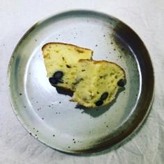 黒豆入りパウンドケーキ。