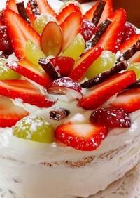 ぶどうと苺でクリスマスケーキ