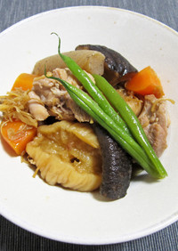 へそ大根、干し椎茸と鶏肉の煮物