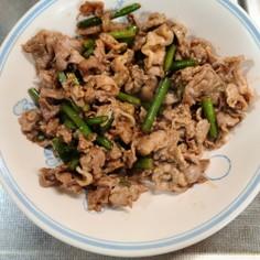 豚こまとニンニクの芽生姜炒め