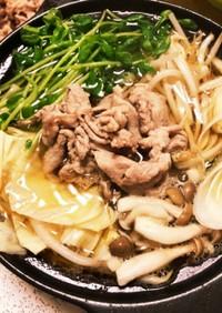 豚コマ肉とキャベツのごま油タップリ鍋