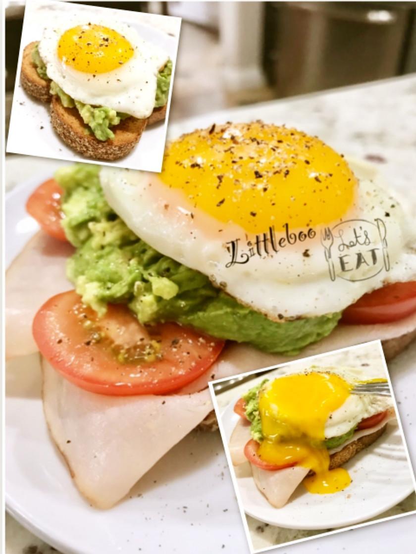 アメリカの朝食✿アボカド・トースト