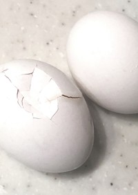 簡単☆殻が入らない生たまごの割り方