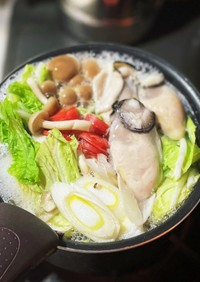 5分で簡単美味しい♪あったか牡蠣鍋