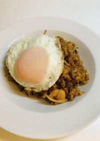 インドネシア風炒飯エビのナシゴレン