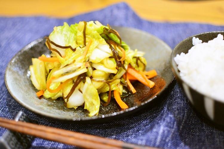 白菜使い切り♬白菜の松前漬け風浅漬サラダ